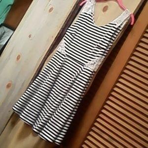 Dress,Jr L